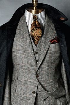 curated: past tense of curate. Verb: To select, organize...the items in a collection. Style is in...