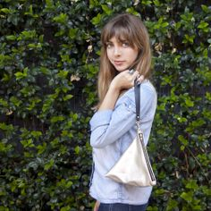 Corrie: Platinum Leather triangle purse by Flying Fox