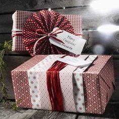Matchande julklappspapper - panduro hobby