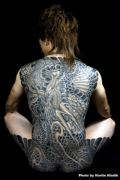 http://www.ideafixa.com/we-l-tattoo-japanese-body-suit/