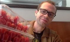 This Guy Spends $2.75 A Year On Food And Eats Like A King. -- This is a story about food waste.