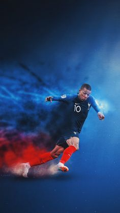 Kylian Mbappe | Onto the final #FRA #WorldCup Fifa Football, Football Final, Madrid Football, Football Design, Football Memes, Football And Basketball, Fastest Football Player, Best Football Players, Soccer Players