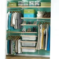 I'd gladly take this closet! Birch & White elfa décor Chic Reach-In Closet modern closet organizers Closet Shelves, Closet Storage, Closet Organization, Organization Ideas, Storage Ideas, Wardrobe Organisation, Wardrobe Storage, Modern Closet Organizers, Storage Organizers