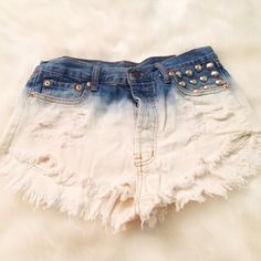 Ombré jean shorts Blue to white ombré Jean shorts are so fun for summer and super casual cool. Size medium and high waisted. Shorts Jean Shorts