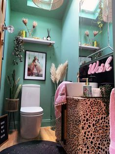 The Glamorous Colourful & Pattern Filled Home of Cara Baker – The Interior Editor - Modern Home Decor Styles, Home Decor Accessories, Camping Accessories, Ceiling Decor, Eclectic Decor, Eclectic Bathroom, Soft Furnishings, Home Decor Inspiration, Decor Ideas