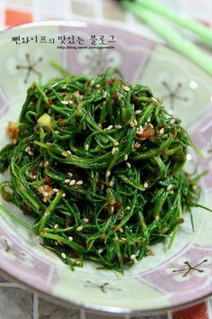Vegetable Seasoning, Korean Food, Seaweed Salad, Food Plating, Pork, Baking, Vegetables, Ethnic Recipes, Foods
