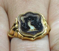 Antique 15kt Yellow Gold Intaglio Carved Agate Wax Seal Signet Ring, Dragon Head