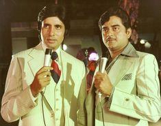 Dostana is a 1980 action-drama film, produced by Yash Johar and directed by Raj Khosla. The film stars Amitabh Bachchan, Shatrughan Sinha… Bollywood Photos, Bollywood Stars, Bollywood Celebrities, Bollywood Fashion, Hindi Movie Video, Yash Johar, Amrish Puri, 1980 Films, Hindi Movies Online