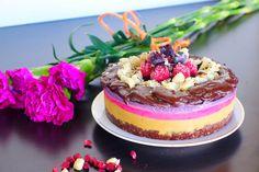 Raw VEGAN Triple Berry Cheesecake! | LIVE LOVE EAT RAW - This is SO pretty!