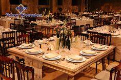 Estilo Vintage con mobiliario #MaxiEventos. Al final los detalles cuentan y cuentan mucho. #Boda #Wedding #Merida #yucatan #WeddingDestination #SafeDestination #BodasDestino #catering #banquete #DestinoSeguro