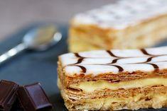 La millefoglie è un dolce classico, delizioso e sempre amatissimo da servire per completare un pasto in tante occasioni diverse. Ecco la ricetta ed alcune varianti altrettanto deliziose