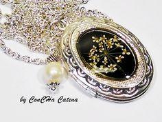 Medallion with flower by ConCHa Catena - dawanda.com #jewellery