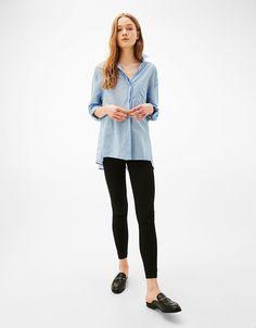 Camisa oversize botones laterales - Camisas - Bershka España