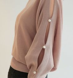 Girls Fashion Clothes, Fashion Pants, Fashion Outfits, Clothes For Women, Kurti Sleeves Design, Sleeves Designs For Dresses, Simple Kurti Designs, Blouse Designs, Stylish Dresses