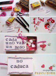 Una caja de cerillas con mucho amor. Personaliza el mensaje y úsalo con tarjeta | http://papelisimo.es/caja-de-cerillas-con-corazones/