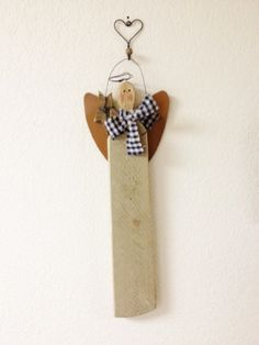 Vintage Primitive Wood Angel Wallhanging by homecrafting on Etsy, $14.50