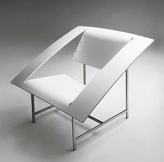 Best Furniture Kolo Armchair Contemporary Interior images on Designspiration Funky Furniture, Furniture Decor, Furniture Design, Office Furniture, Design Creation, Banquettes, Take A Seat, Contemporary Interior, Modern Chairs