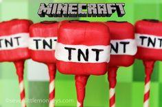 """To nie jest tak wiele """"how-to"""" stanowisko jako """"można to zrobić"""" post na Minecraft Piękna traktowanie.  Sprawdź te TNT ciasto i inne niesamowite pop pomysły na http://sevenlittlemonkeys.com"""