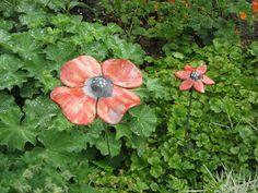 Garden blue XL (raku)            Garden red XL & S (raku)             Bluebirds