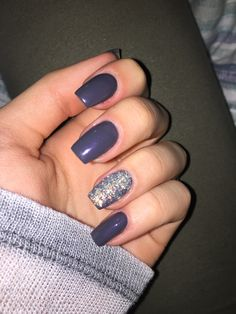#winter #nails #glitter #grey #purple #sparkle #accentnail #cozy #cute #acrylic #gel