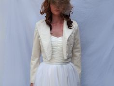 Perfecto en velours et dentelle de Chantilly : Manteau, Blouson, veste par faith-cauvain
