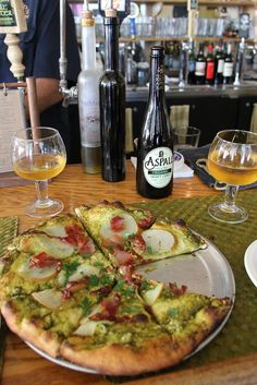 One of my favorite places to eat when we go to Fort Bragg, California: Piaci