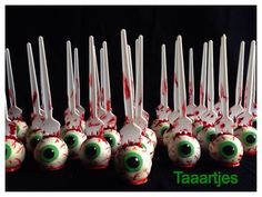halloween eyeball cake pops - Google zoeken