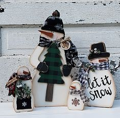 Christmas Wood Snowman DYI Craft Pattern Chunky Snowmen set of 4 Christmas Wood Crafts, Christmas Signs Wood, Primitive Christmas, Christmas Snowman, Holiday Crafts, Primitive Snowmen, Rustic Christmas, Christmas Trees, Christmas Decor