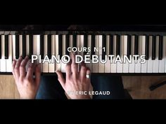Learn to Play Piano - Great Beginners Lesson, Easy Tutorial (Episode by Eric Legaud Piano Jazz, Piano Music, Guitar Songs, Guitar Chords, Acoustic Guitars, Solfege Piano, Accord Piano, Unchained Melody, Easy Piano
