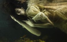 Maria Marchesi, tre poesie da L'occhio dell'ala--- https://ilsassonellostagno.wordpress.com/2016/09/01/maria-marchesi-tre-poesie-da-locchio-dellala/