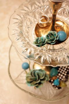 Sweet Something Designs: Tiered Jewelry Stand {DIY}