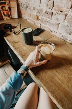 clear drinking glass photo – Free Wood Image on Unsplash Coffee Club, Coffee Maker, Wood Images, Glass Photo, Drinking Glass, Plywood, Hardwood, Community, Pictures