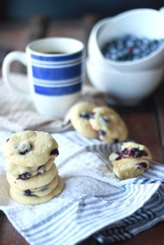 Soft and Fluffy Blueberry Lemon Cookies!