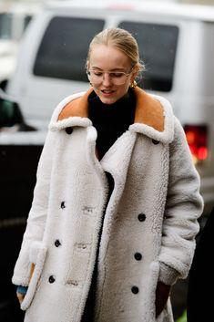 Street Style at New York Fashion Week - New York Fashion Week Street Style Fall 2018