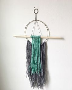 Do It Yourself: How to Make a Modern Dream Catcher – OMG Yarn (balls)