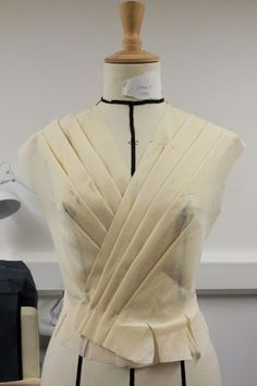 Draping on the stand - dress bodice development with structural pleats & crossover design - pattern making; moulage; garment construction