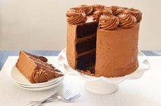 Drool: Purple Perk's Chocolate Cake. Pinch yourself, you are not dreaming. Frozen Yogurt, Recipe Of The Day, Vanilla Cake, Chocolate Cake, Sweet Tooth, Good Food, Meals, Banff, Calgary