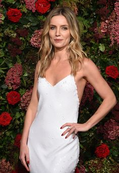 Celebrities - Annabelle Wallis Photos collection You can visit our site to see other photos. Girl Celebrities, Celebs, Annabelle Wallis, Hollywood Red Carpet, Prettiest Actresses, Jane Seymour, Female Actresses, Peaky Blinders, Halsey
