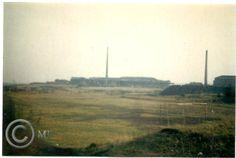 Widok na boisko na Georgshutte.W tle Huta Szelerka.Lata 70 XX wieku.( fot.ze zbiorów Henryka Nikisza)
