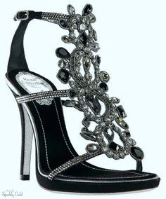 villa extra 3 nylons in high heels