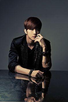 Thunder / Cheondung - Park Sang Hyun