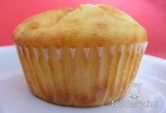 Túrós-citromos muffin Natural Remedy For Hemorrhoids, Preparation H, Sweet Cakes, A 17, Winter Food, Fudge, The Cure, Food And Drink, Cupcake