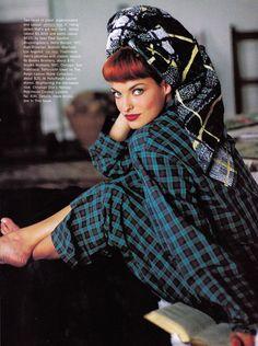 US Vogue sept 1991 Linda by Arthur Elgort and Grace Coddington Arthur Elgort, Linda Evangelista, Vogue Editorial, Editorial Fashion, Grace Coddington, Sonia Kashuk, 90s Fashion Grunge, Plaid Fashion, 90s Grunge