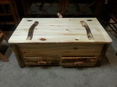 Rustic Hickory Blanket Chest With Drawers. At Bears In The Woods Amish  Furniture Store In Cedar Springs Michigan.