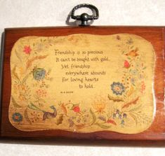 Vintage Friendship Plaques Wood Wooden Uplifting Quotes Set
