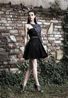 Simona Semen FW2015 Clothing, Collection, Black, Dresses, Style, Fashion, Outfits, Vestidos, Swag