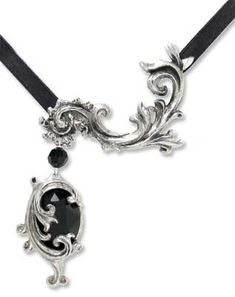 ♥ Rococulus ♥ Rococo-styled, asymmetrical necklace