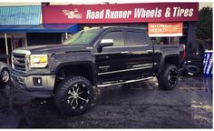 20x12 NX3 wrapped on some 35x12.50-20 #getlifted #roadrunnerwheels #xtremewheels #2crave  Get your wheels and tires from Road Runner Wheels & Tires  Please share or like post. Thank You. http://ift.tt/2pHj8Ve