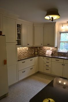 Tropical Brown Granite Design Ideas, Pictures, Remodel, and Decor - page 6
