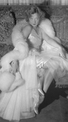 Marion Davies, Hollywood starlet, is better remembered today as Hearst's mistress and the hostess of many lavish events for the Hollywood elite. In particular, her name is linked with the 1924 scandal aboard Hearst's yacht where one of his guests, film producer Thomas Ince, died.